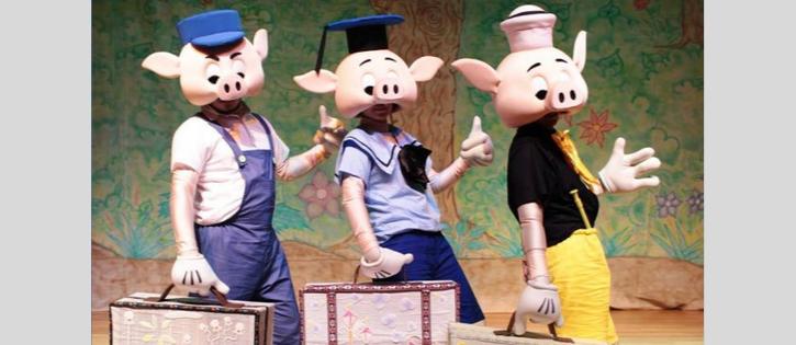 """Promoção pra concorrer a um par de ingressos para assistir à peça """"Os Três Porquinhos"""""""